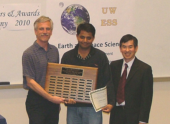 Photo of Ahbijit ghosh 	receiving the top graduate student Johnston Prize.