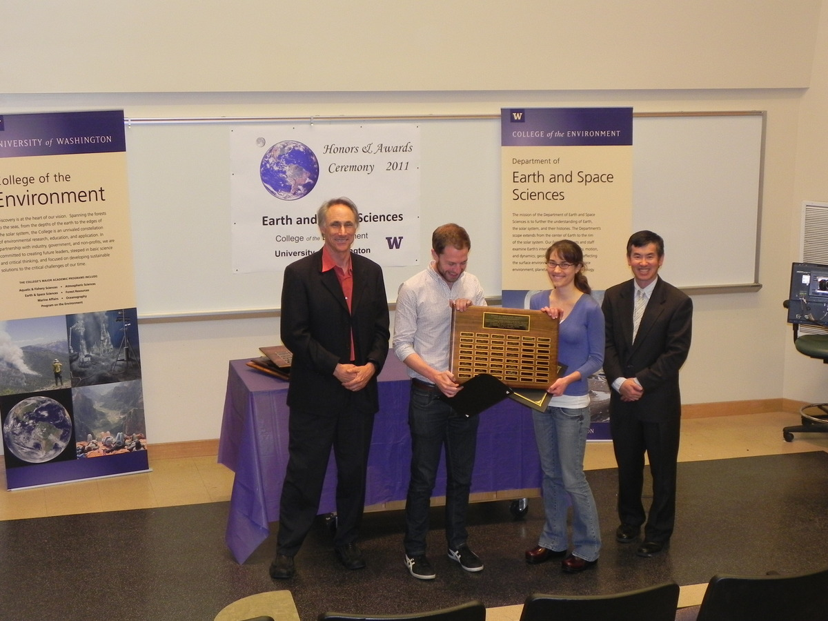 Photo of Michele Cash and Matthew Smith receiving the Johnston Prize for Research Excellence.